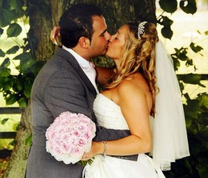 s-au-casatorit-si-au-plecat-in-luna-de-miere-ce-i-a-facut-sotia-acolo-este-incredibil-