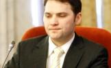 Un om de afaceri a încercat să-l mituiască pe Dan Şova. Ministrul a depus plângere la DNA