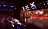 O româncă a ULUIT Belgia cu vocea ei. Adolescenta de 14 ani este finalistă la un concurs de talente ...