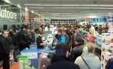Cumpărătorii se plâng de Black Friday. Oamenii au reclamat la Protecţia Consumatorului reducerile fi...