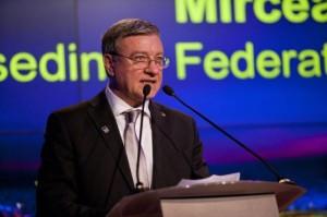 mircea-sandu-ponta-a-dat-unda-verde-pentru-candidatura-bucurestiului-la-euro-2020