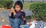 Naveta în Anglia. Cerşetoria şi munca la negru le umple buzunarele romilor