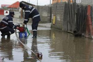 inundatie-in-caracal-peste-20-de-gospodarii-au-fost-afectate