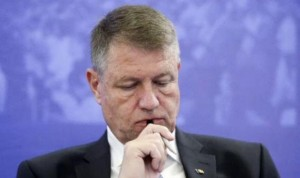 iohannis-i-a-bagat-pe-basasti-in-isterie