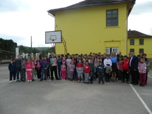 Elevii școlii din Beltiug au petrecut ZIUA EDUCAȚIEI cu jandarmilor Sătmăreni