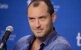Madalina Ghenea il seduce pe Jude Law in primul trailer pentru Dom Hemingway - TRAILER