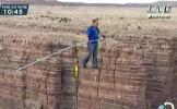 IMAGINI INCREDIBILE: Cum a traversat Nik Wallenda Marele Canion din SUA pe sârmă (VIDEO)