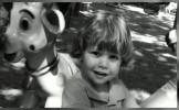 Mesajul mamei lui Ionuţ, copilul ucis de maidanezi, pe Facebook: Se pare că sacrificiul nu a fost î...