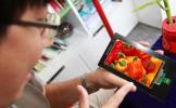 PREMIERĂ în telecom: ecranul smartphone 4K