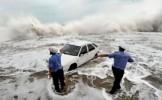 """""""Super-taifunul"""" Usagi a început ravagiile"""