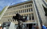Televiziunea publică elenă emite din nou. Guvernul grec spune că este o fază de tranziţie