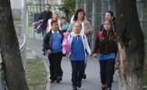 VESTE BUNĂ pentru românii care sunt părinţi. Ce iniţiativă legislativă vizează ziua de 15 septembrie