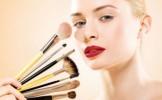 Greseli de make-up care te fac sa pari mai in varsta