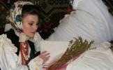 Sfantul Andrei. Traditii, obiceiuri si superstitii. Fetele nemaritate isi viseaza viitorul sot!