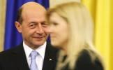 Băsescu: Se apropie vremea candidaturii unei femei la Preşedinţie. Udrea, un pariu câştigat, un poli...