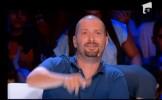 Vezi ce a cantat CONCURENTUL care l-a facut pe Cheloo sa injure: Pisi vrea p*** - VIDEO