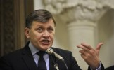 Crin Antonescu: Situaţia financiară a Senatului este aproape critică