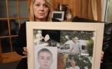 O mama indurerata a mers la politie sa ia hainele fiului mort. Ce a primit in schimb a INGROZIT-O