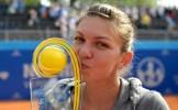 Trofeul de la Nurnberg. Simona Halep a câştigat sâmbătă, în Germania, primul său turneu WTA din cari...